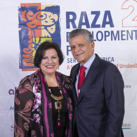 RDF_11072019_20th Anniversary_Thursday's_ Backdrop Photo before Dinner Reception Celebration_Photo by Phil Soto_RDF0408
